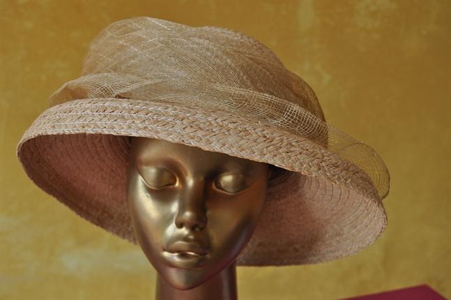chapeus para casamento no campo